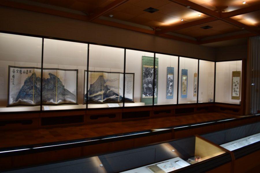 《富士山図》屏風、《竹窓聴雨図》ほか